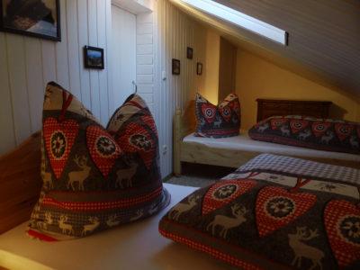 Ferienwohnung Mittenwald Karwendelherzen Schlafzimmer gross